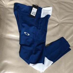 NWT OAKLEY Training Tights size XS